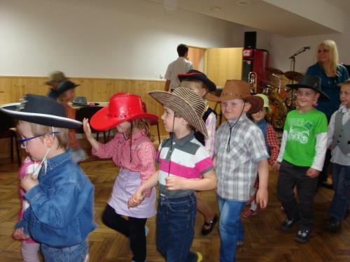 Vystoupení dětí zMŠ - tanec