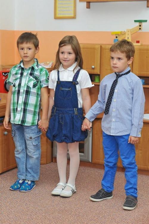 přednášející děti zmateřské školky