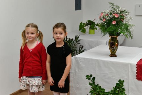 přednášející děti zMŠ veVavřinci